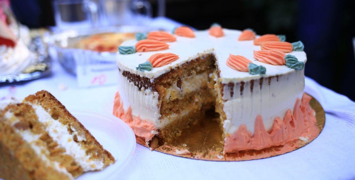 Кондитеры угощали гостей фестиваля и традиционными французскими сладостями, и блюдами по своим секретным рецептам.