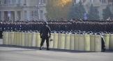 Впервые на параде выступил ростовский полк патрульно-постовой службы полиции, вооруженный щитами и дубинками. Зрители увидели, как выглядят «стена» и «забор» из щитов.