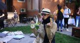 Вот таких колоритных «парижан» можно встретить в ростовском дворе в ресторанный день.