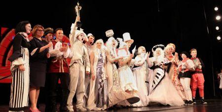 Один из главных победителей - театр-студия школы № 86 «Солнечный ветер».